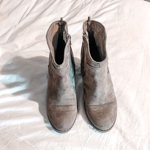 Tan Old Navy Booties. Size 8
